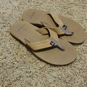 Sperry brown flip flops sz 6 EUC